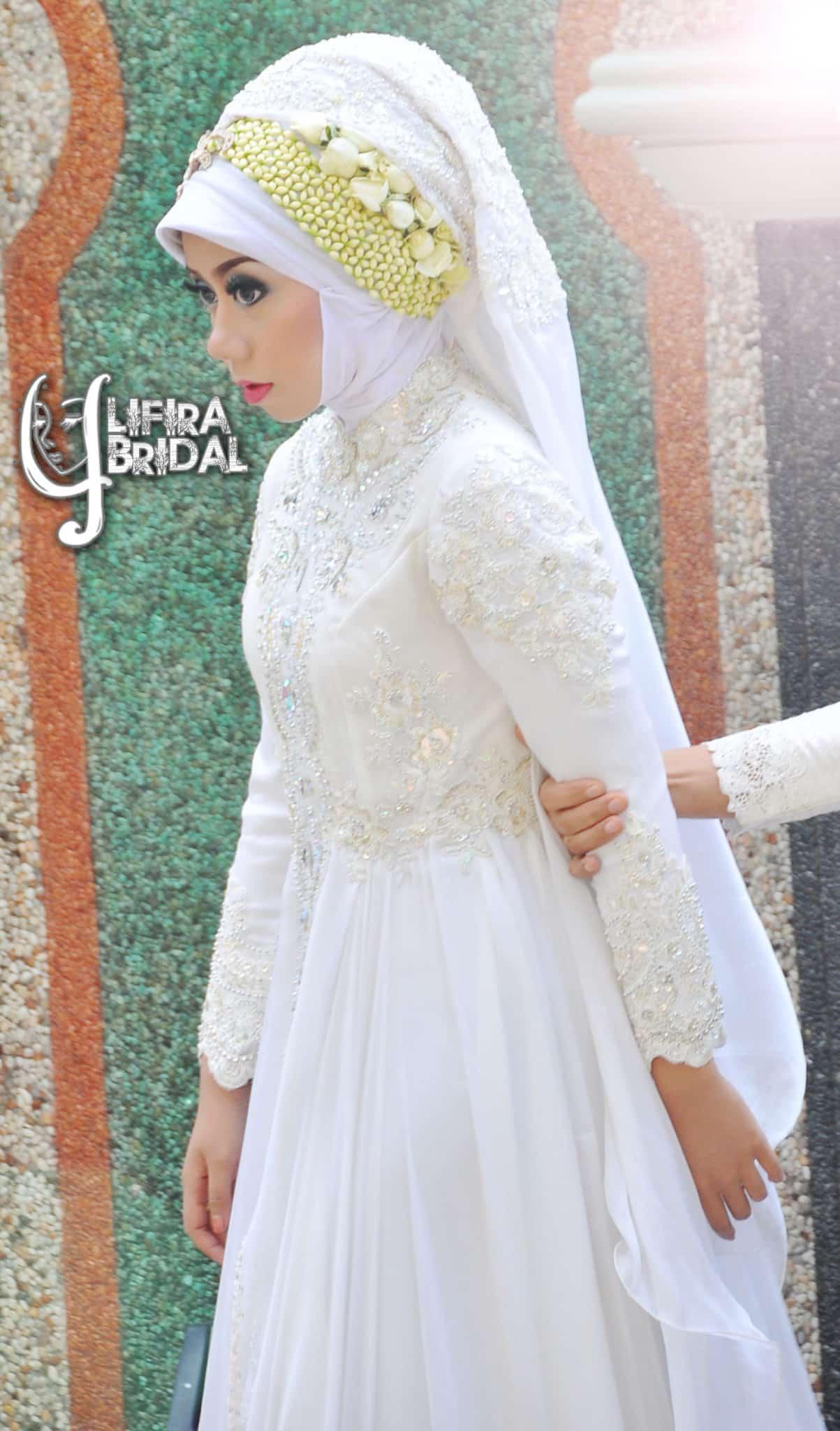 Pure White Chiffon Bridal by LIFIRA modes, Penjahit Wanita Malang